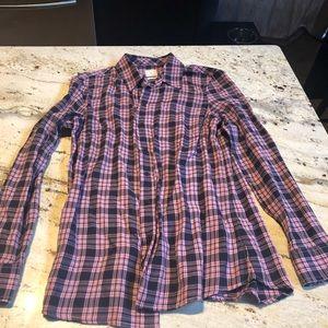 GAP NEVER WORN . Plaid flannel boyfriend shirt